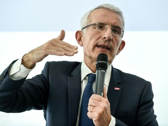 SNCF: amélioration du trafic attendue lundi mais le conflit perdure