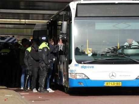Ajax-Lille : 303 supporters lillois arrêtés à Amsterdam pour troubles à l'ordre public