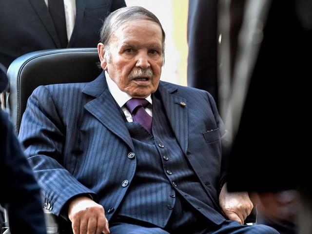 Algérie : Abdelaziz Bouteflika renonce à briguer un 5ème mandat