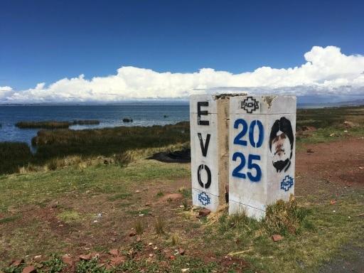 """Bolivie: les Amérindiens aymara attendent déjà """"le retour d'Evo"""""""