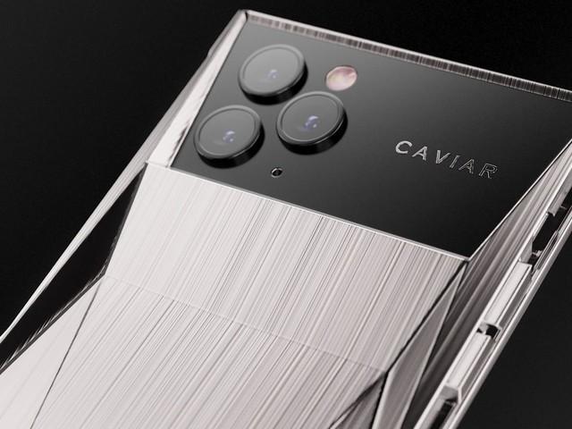 Caviar dévoile son « Cyberphone » un iPhone 11 Pro aux allures de Cybertuck