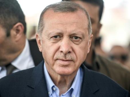Municipales à Istanbul: Erdogan à qui gagne perd