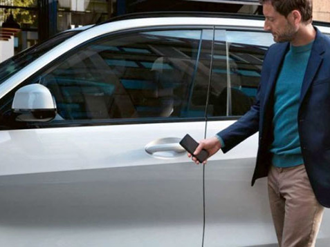 OS 13.4 et CarKey: ouvrir une voiture avec un iPhone?