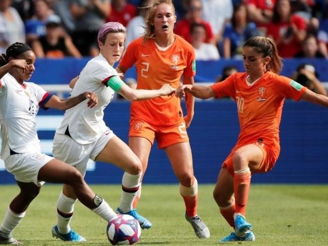 La Fifa va investir 1 milliard de dollars pour le football féminin