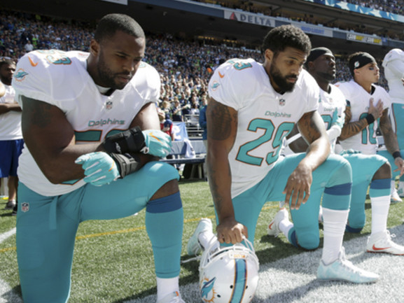 Etats-Unis. Les syndicats de police savent exactement pourquoi les joueurs de la NFL continuent de protester