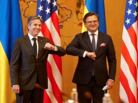 Blinken réaffirme le soutien américain à Kiev face à la Russie