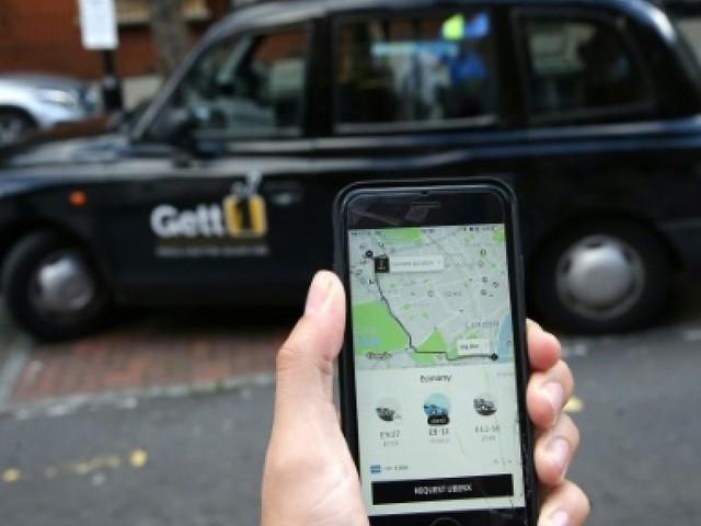 Sous pression à Londres, le patron d'Uber cherche à calmer le jeu