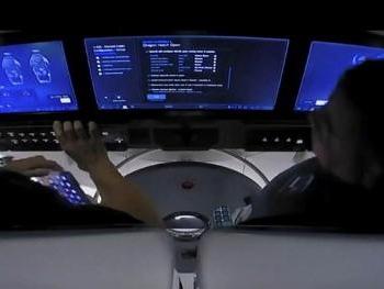 Vol habité SpaceX - Les deux astronautes transportés par SpaceX entrent dans l'ISS
