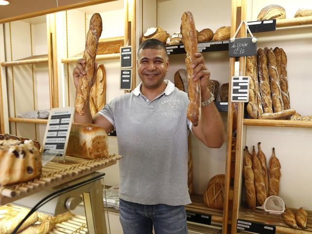 Une journée avec le boulanger tunisien Ridha Khader, fournisseur officiel de l'Élysée