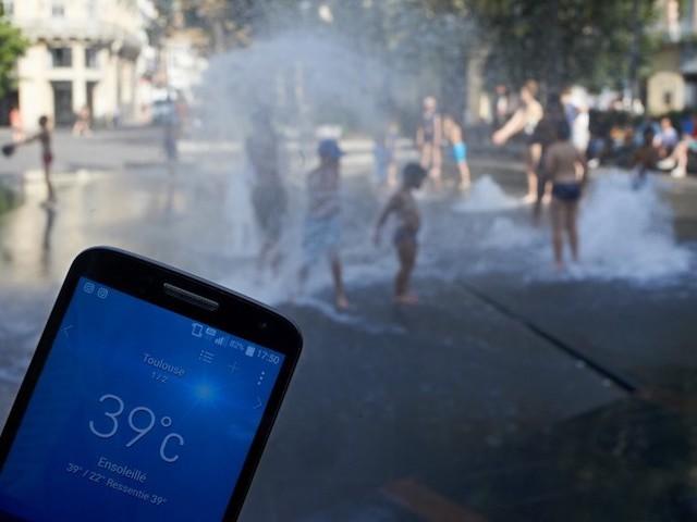Alerte rouge à la canicule : à plus de 40°C, le danger est pour tout le monde