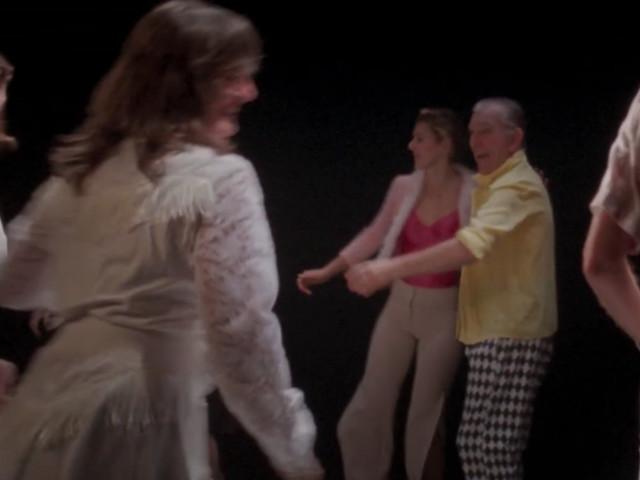 """Exclu : Le génial T/O fait appel à une troupe de danseurs alsaciens pour le clip de """"Sshhee"""""""