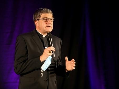 Abus sexuels dans l'Eglise: à Reims, la parole libérée des victimes