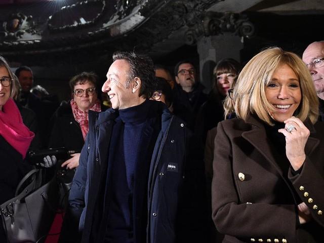 """""""Gilets jaunes"""" : """"Il faut qu'on se parle"""", Brigitte Macron appelle à la réconciliation"""