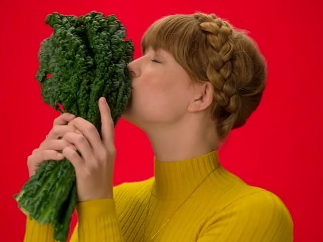 Selon cette marque, vous serez amoureux des plantes après avoir vu sa pub