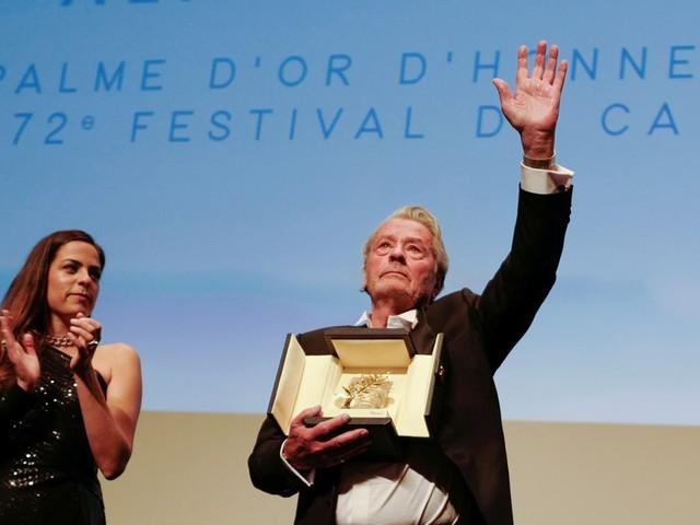 Après sa Palme d'or d'honneur, Alain Delon rend hommage à son public