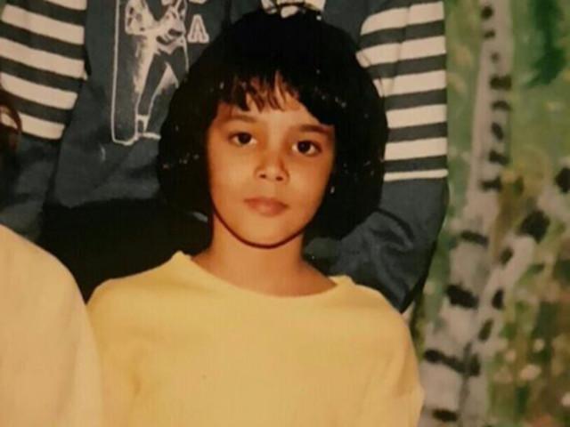 PHOTOS. Flashback: Shy'm dévoile une adorable photo d'elle enfant