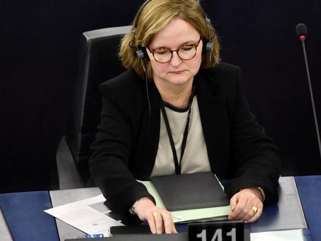 """Rejet de la candidature de Sylvie Goulardà la Commission européenne : """"C'est le vote des mauvais perdants"""", estime Nathalie Loiseau"""