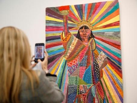 Le textile gagne ses lettres de noblesse dans l'art contemporain