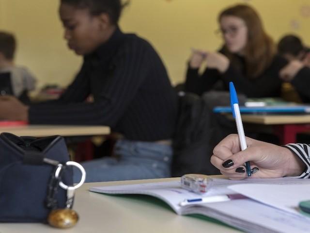 """Crise à l'école : """"On ne forme plus à penser, alors les élèves se contentent de croire"""""""