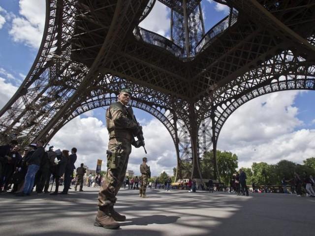 Jihadiste ou malade psy? La difficulté de juger une tentative d'attaque à la Tour Eiffel