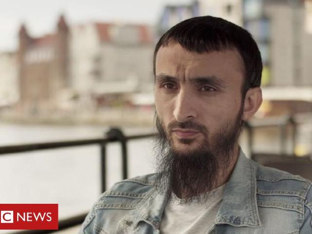 """""""Ma barbe, c'est mon droit"""" : entretien avec Tumso Abdurakhmanov, l'opposant-blogueur le plus connu de Tchétchénie"""