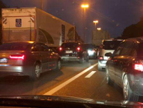 Gros embarras sur le Ring de Bruxelles mercredi soir suite à deux accidents