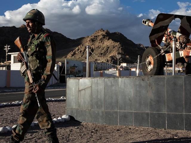 Tensions à la frontière entre la Chine et l'Inde, trois soldats tués
