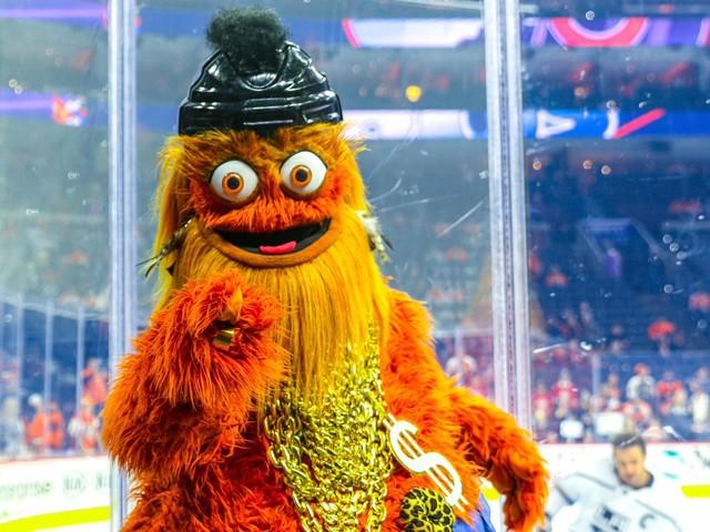 NHL – La mascotte des Philadelphia Flyers accusée d'avoir frappé un adolescent de 13 ans