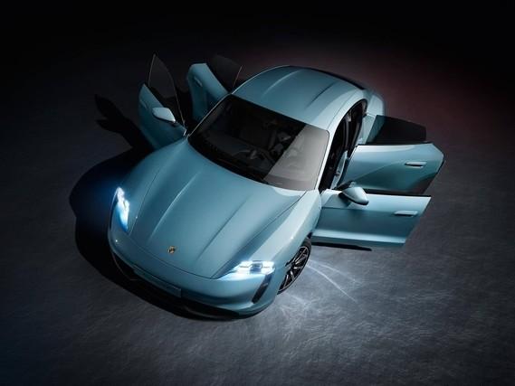 Porsche Taycan 4S : une version plus « abordable » du bolide 100% électrique