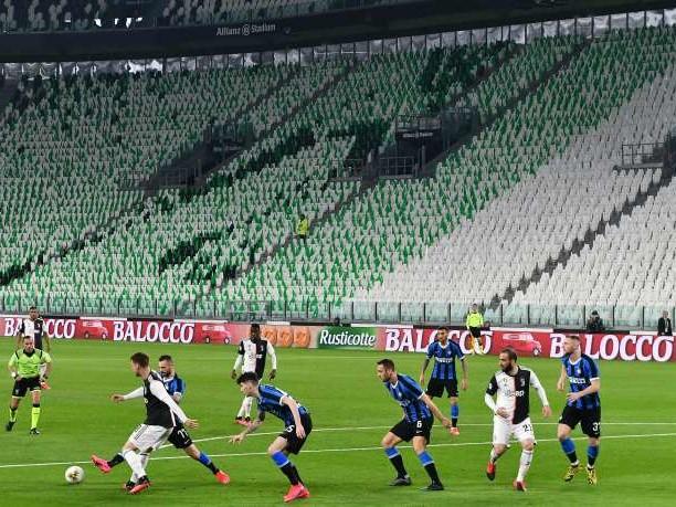 Football: les clubs réduisent les salaires, les syndicats de joueurs réclament un cadre commun