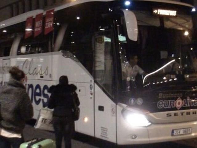Les professionnels du transport routier international annulent leur grève prévue lundi et mardi