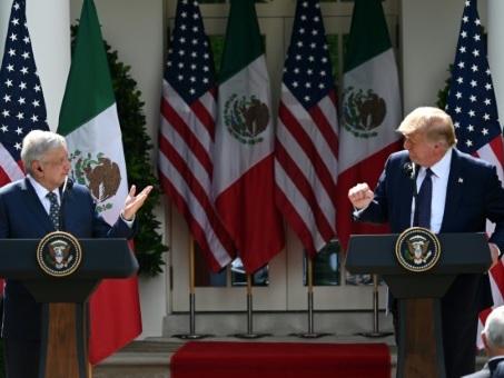 """""""Respect"""", """"confiance"""": Trump et son homologue mexicain jouent la bonne entente"""
