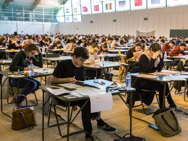 EN DIRECT - Coronavirus : les examens et concours de l'enseignement supérieur remplacés ou reportés
