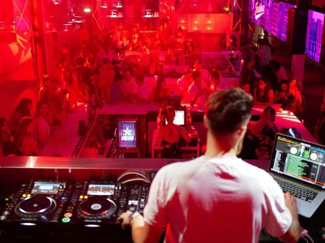 Covid-19 : un cluster de 78 personnes positives dans une discothèque de Lille