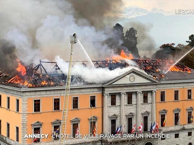 Incendie de l'hôtel de Ville à Annecy : un accident selon la préfecture