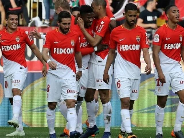 Ligue 1: Monaco repousse les Olympiques, statu quo en bas