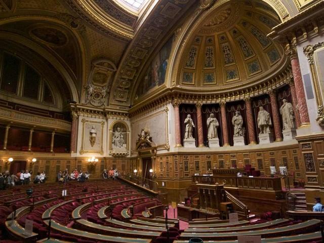 Crimes contre l'humanité : les poursuites facilitées en France
