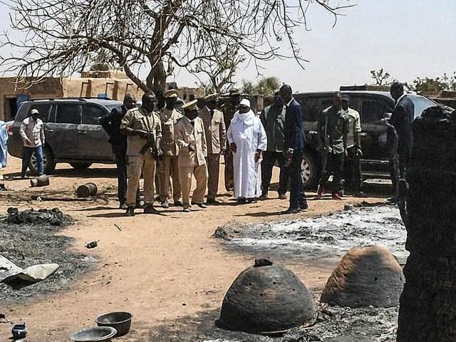 Au Mali, le massacre d'un village Dogon fait une centaine de morts