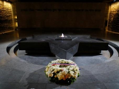 Auschwitz: les étapes de la mémoire ressuscitées au Mémorial de la Shoah