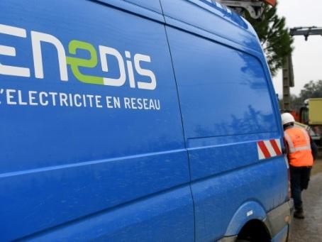 Un incendie criminel détruit des véhicules d'Enedis près de Grenoble