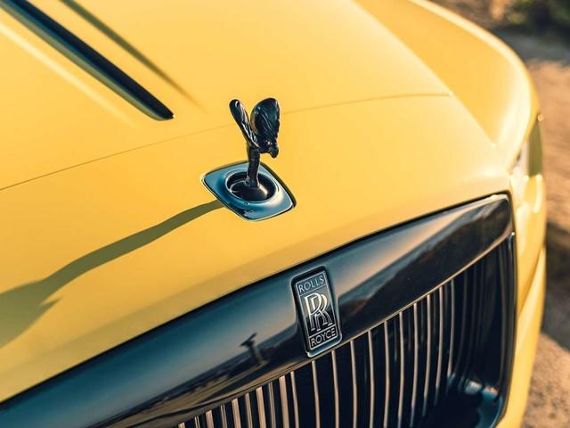Un roi africain reçoit 19 nouvelles Rolls-Royce