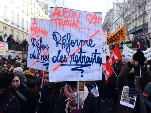 «Pas tous le même régime de retraite, mais la même colère»: dans les cortèges, l'espoir de voir durer la mobilisation