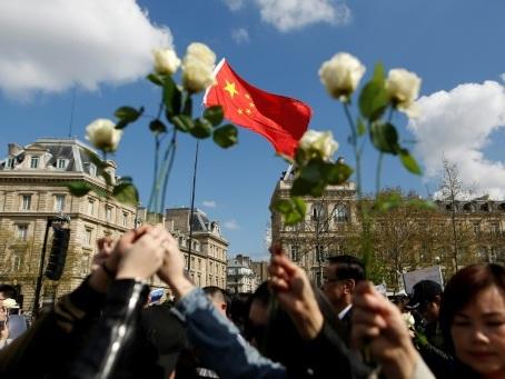 Chinois tué en 2017 par la police à Paris: les juges ordonnent un non-lieu