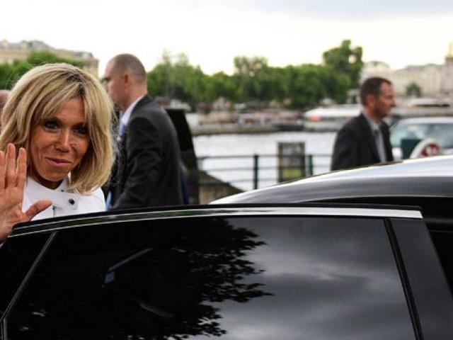 Une pétition s'oppose au statut de Première dame pour Brigitte Macron