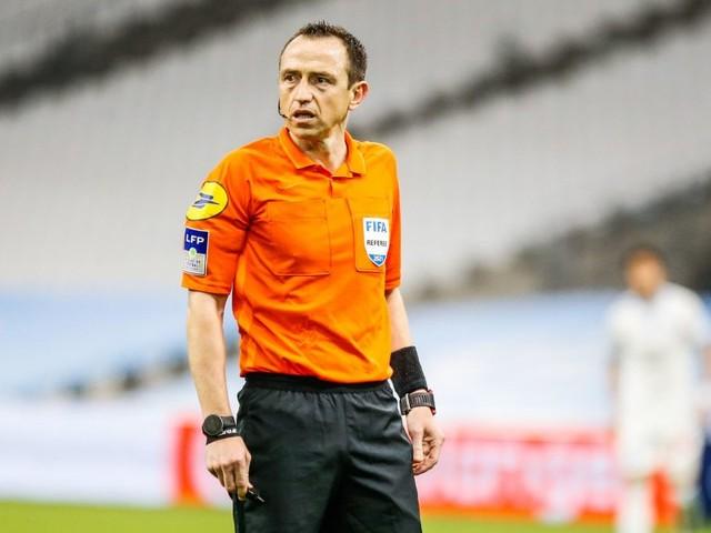 Rennes/PSG – Buquet arbitre du match, les jaunes peuvent vite s'accumuler