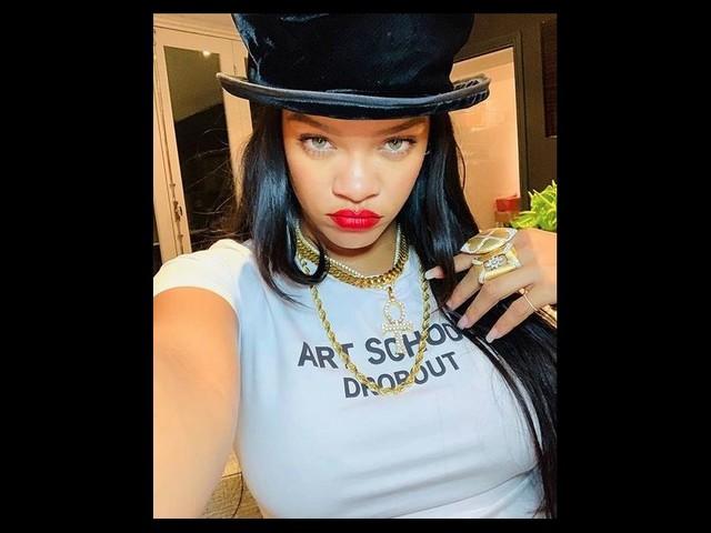 Rihanna s'accorde un break après une année complètement folle