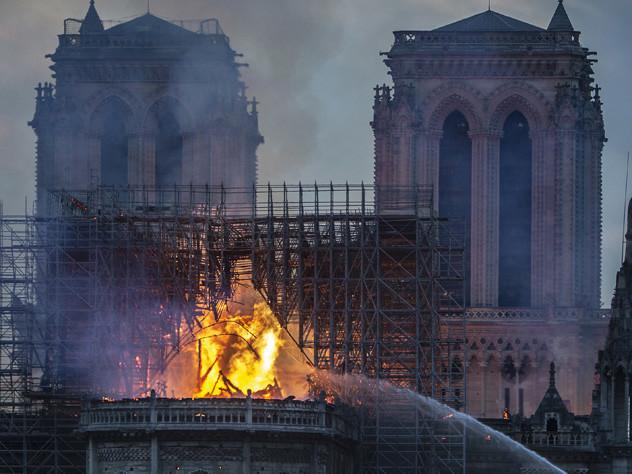 Incendie de Notre-Dame : une mini-série est en préparation