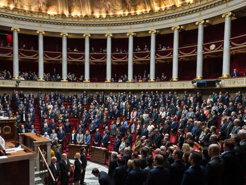 Des parlementaires auraient-ils détourné leurs frais de mandat?