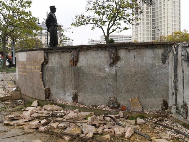 Stèle du Maréchal Juin dégradée : les Gilets jaunes entre condamnation, aigreur et complotisme