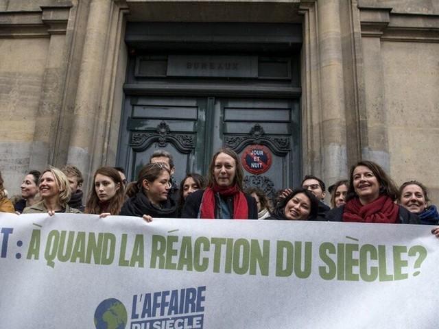 """""""Affaire du Siècle"""": avant le procès de l'État français, cette affaire néerlandaise a ouvert la voie"""